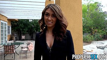 Propertysex bad real estate agent goes extra mile to keep client happy..