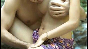 379หนังโป๊ไทยเรทRเต็มเรื่อง ลาชู้ นางเอกนมโตเจอพระเอกควยใหญ่อย่างเสียว – 1h 5 Min