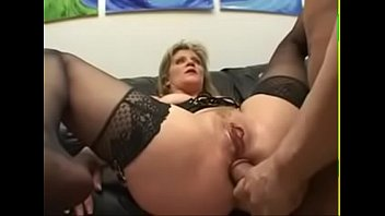 Slut charms a lustful weenie with anal riding