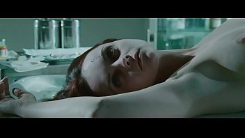 Christina ricci in after.life (2009) - 2