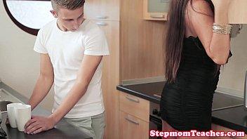 Tattooed euro stepmom shares cum with teen | Video Make Love