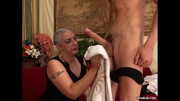 granny and big dick Gotta fuck this hot granny!