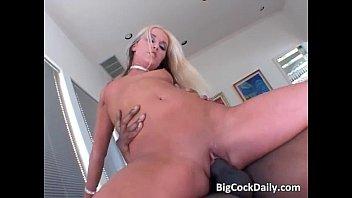 Provocative blonde Skylar Price takes on fat cock