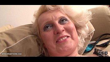 Black cock craving for granny in ha..