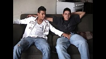 Videos De Gay Gratis Hot latin guys suck each others pito and then fuck their tight culos with their