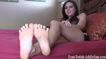 You are going to love worshiping my perfect feet