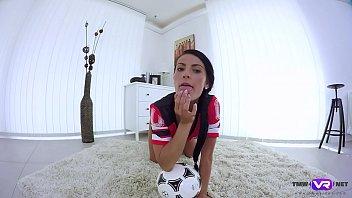 Cristina Se Masturbeaza Ca O Nebuna Acasa
