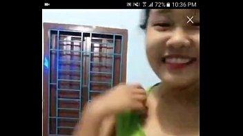 หลุดนักเรียนไทยอายุไม่น่าเกิน 11 ขวบใจแตกร่านหีตั้งกล้องช่วยตัวเองเบ็ดหีเสียวมากๆเลยครับโชว์เสียวแก้ผ้าโชว์นมอย่างเด็ด [