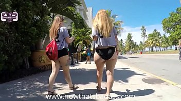 Thick Legs White Girl Naked