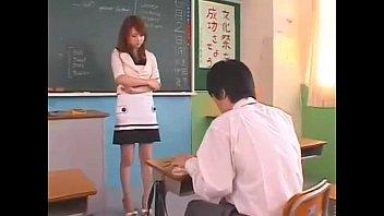 【熟女・人妻 美女】生徒を誘惑する美女エロ教師がフェラチオからSEXまでしてくれます
