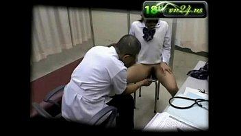 สาวมาหาหมอเจอหมอตรวจภายใน หมอคว้านรูหีหนูแรงๆแบบนี้หนูก็เสียวน่ะซิค๊ะ-3 Min