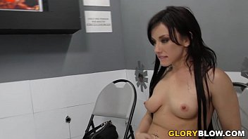 jennifer-white-tastes-black-cock---gloryhole