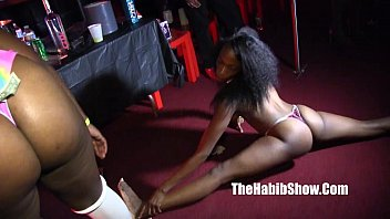 Babe receives to suck strippers dick during party
