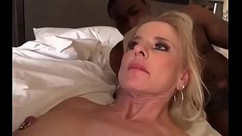Mobile lesbian porn quicktime
