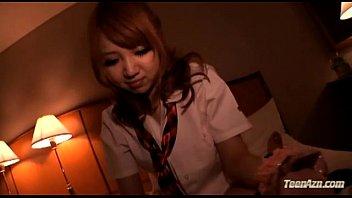 ギャルJKをホテルに連れ込んで撮影しながらフェラ&電マで責める