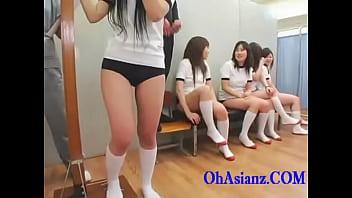 素人 口内射精 女子校生 美少女  進路相談で先生に叱られながらもチンポが登場してドピュッと舌射される美少女JK XVIDEOから削除される前に見てね!!