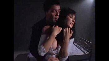 【レイプ】薬を打たれたハーフ美女が尻を叩かれながら犯されて号泣