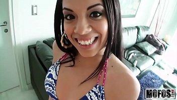 Cristina Are Cur De Brazilianca Si Se Fute Ca O Nimfomana
