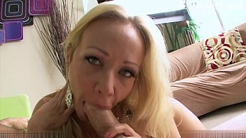 ,blonde,outdoor,horny,outdoors,publicsex