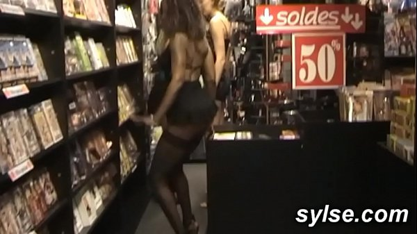 3 SLUTS in SHOP: flashing and anal orgy with customers