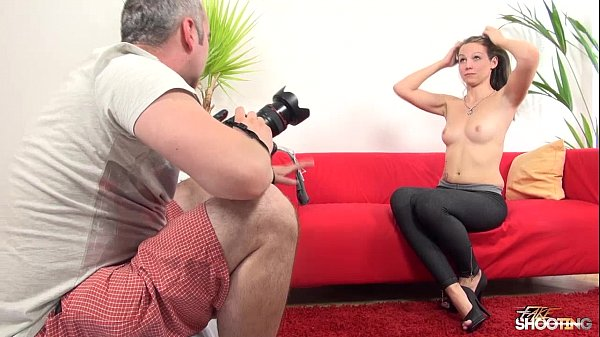 College babe tricked into Sex at Model Casti...