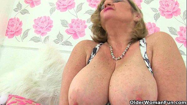 Порно две бабули хотят ебать внуков