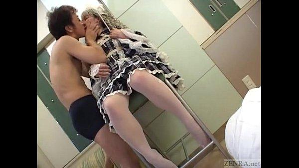 ゴスロリっぽいコスプレプレ娘にバイブをしゃぶらせてからスカートをめくる!素人|イクイクXVIDEOS日本人無料エロ動画まとめ
