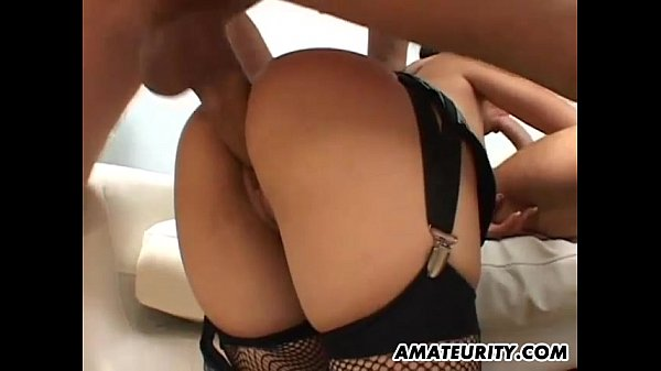 Amateur girlfriend threesome with cum in mou...