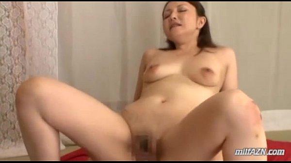 垂れ乳巨乳な美熟女がダンディオヤジとの激しいセックスに喘ぐ濃厚セックス!