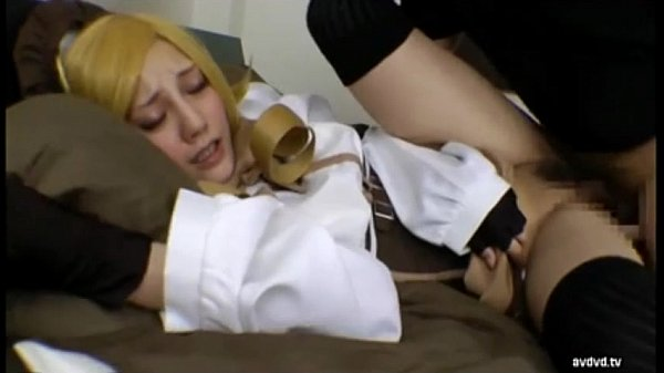 某人気アニメのコスプレを身に纏ったみづなれいとセックスしまくった