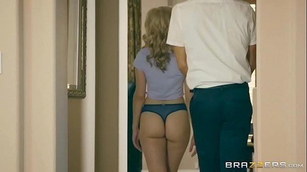 Brazzers - Blonde Teen Jade Amber fucks virgin