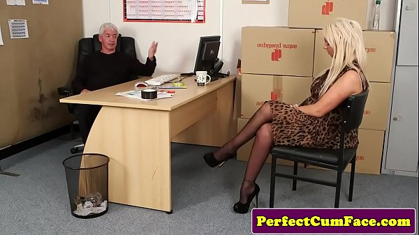 British whore Billie Rai sucks a cock to get the job