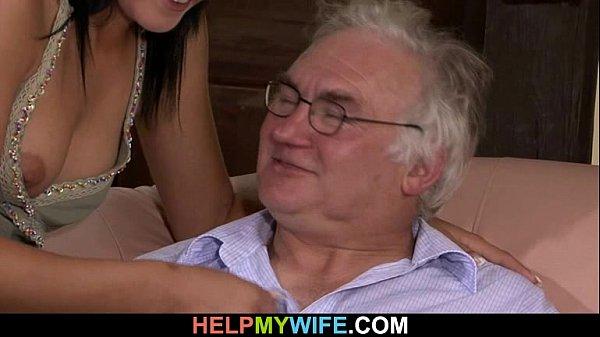 Муж смотрит как его жену ебут друзья