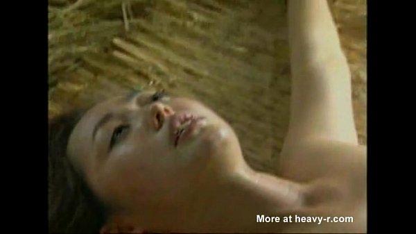 【拷問レイプ中出し】敵ゲリラ兵に捕獲された美人兵士2人が引き離されそれぞれ敵兵の性欲のハケ口として使用される