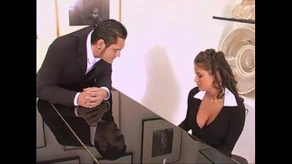Videos de Sexo Secretaria da fazenda metendo gostoso