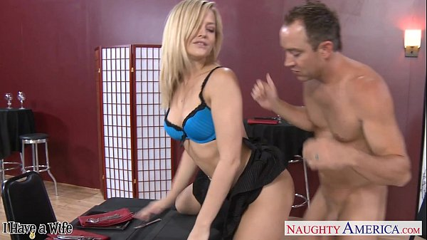 9 Min Alexis Texas Services Her Pussy To A Divorced Man