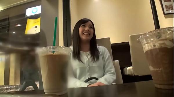 大人しそうな感じなのにナンパされた男の前でオナニー見せたりそのままヤラせちゃったり意外とビッチなパイパン女子|イクイクXVIDEOS日本人無料エロ動画まとめ