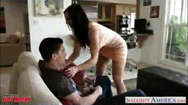 hindi dubbing porn - dost ki chuddakad mummy  thumbnail