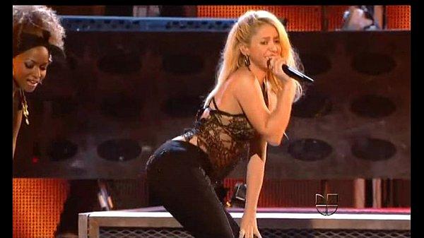Shakira sexy bitch