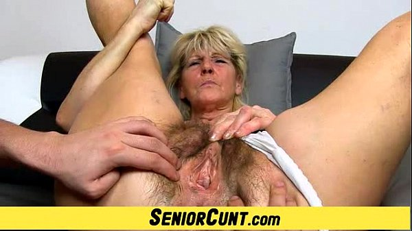 Hairy old pussy close