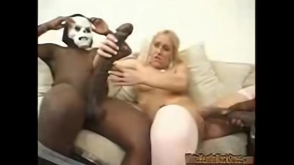 videos de Porno Negro bem dotado comendo bundao