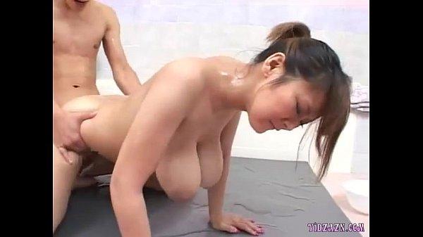 爆乳ソープ嬢とローションセックス