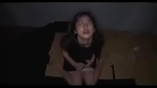 顔少女が大量に精子浴びてるAVけっこう凄いぞ女優名不明