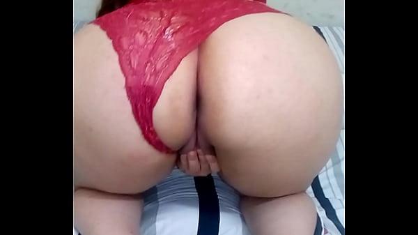 Videos de Sexo ENFIANDO O CARALHOR ENORME NA BUCETINHA APERTADINHA
