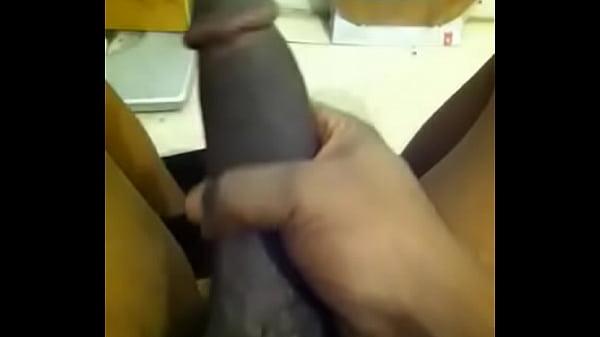 COME MAKE THIS DICK HARD !! ?