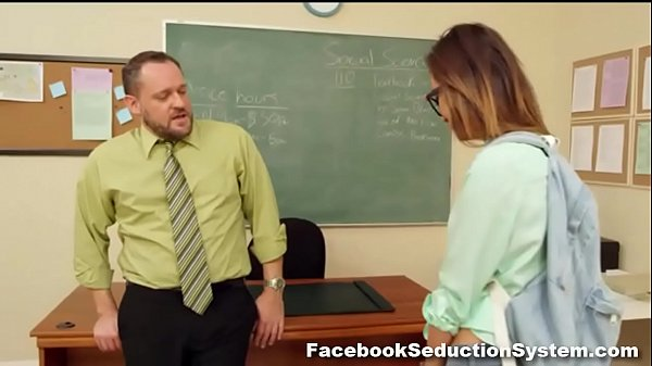 Hot School Girl Alina Li  thumbnail