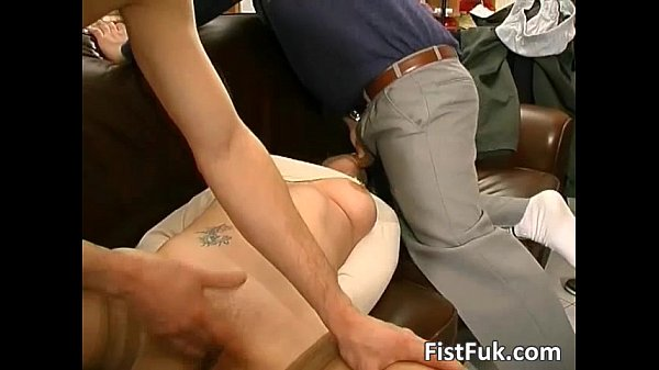 Cute girl gets her mouth ass and pussy...