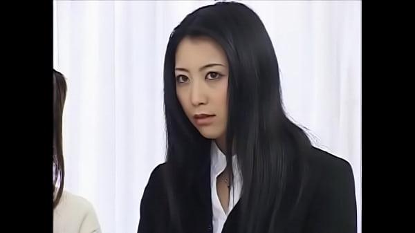 【熟女レズ動画】三十路の人妻女教師が生徒の清楚なJKとレズSEXでイケナイ関係にハマっていく
