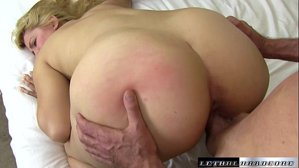 facialized and nailed gets lovell alix Bombshell