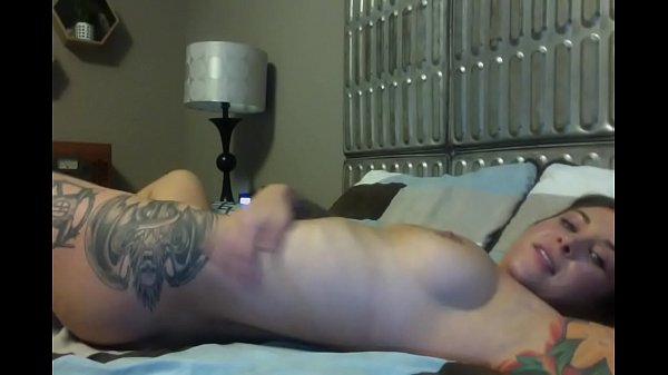 Felicity Feline masturbates with a huge dildo on webcam